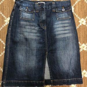 Harold's denim skirt size 4